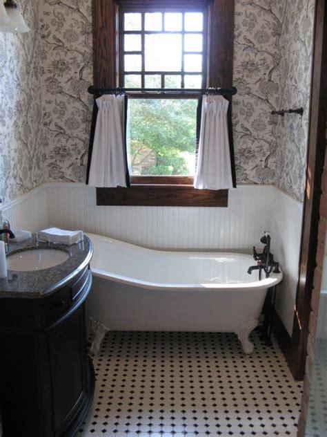 bungalow bathroom ideas craftsman bungalow remodel new decorating ideas