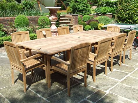 modern outdoor ideas  seat dining table  seats large