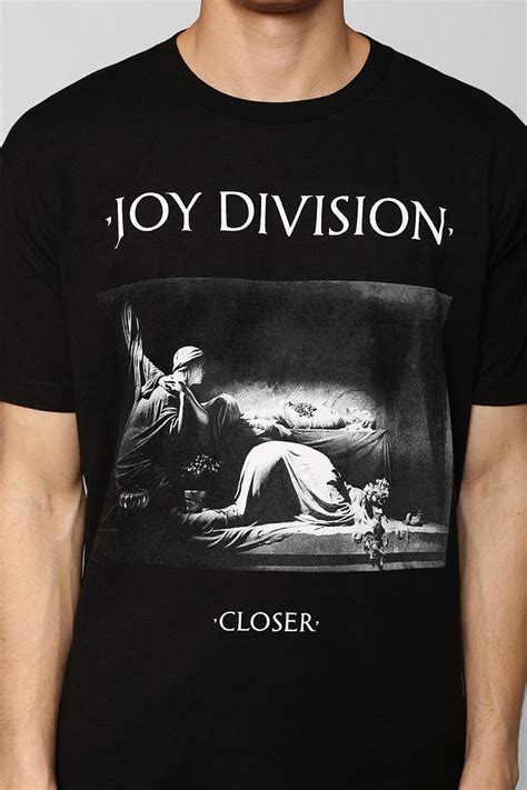 T Shirt Closer outfitters division closer in black for