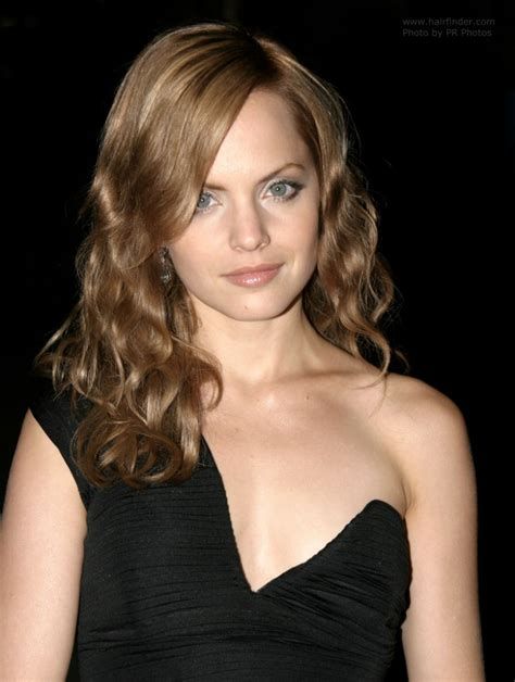 Mena Suvaris Hair Isi Dont Even by 16 Hair The Power Of The Starpower Management Llc