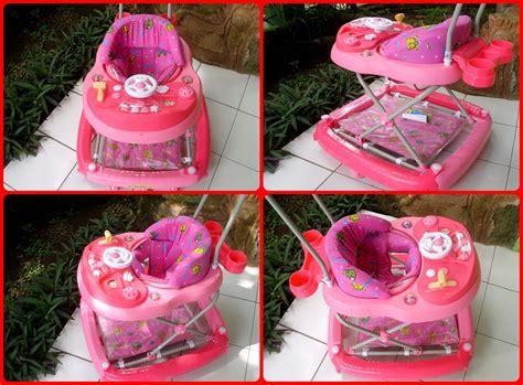 Kereta Dorong Bayi Merk Family baby walker kereta jalan bayi 171 avisena baby rental
