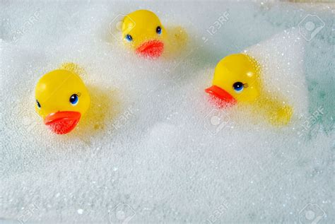 rubber bathtub rubber duck in bathtub 28 images the rubber duck