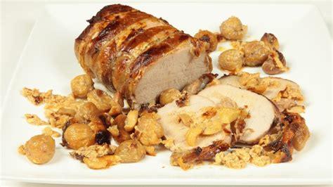 cucinare arrosto di maiale arrosto di maiale con castagne ricetta tipica piemonte