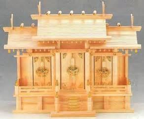 testi buddisti butsudan e kamidana