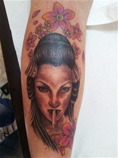 tattoo geisha di kaki tattoo piercing tatuaggi aerografie body painting by ac2