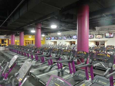 Milwaukee White Pages Lookup Planet Fitness In Milwaukee Wi Whitepages