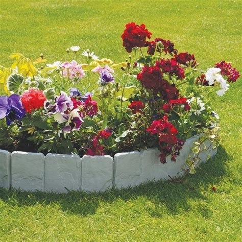 decorative grave edging 37 creative lawn and garden edging ideas with images