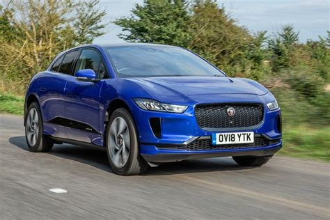 best suvs to buy the best suvs to buy in the uk 2019 parkers