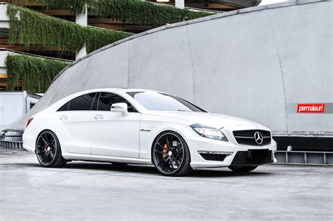 lowered amg c218 beautiful white c218 cls63 amg tinted and lowered on