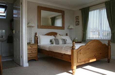 Ensuite Room by Swansmead Bed And Breakfast Charmouth Dorset