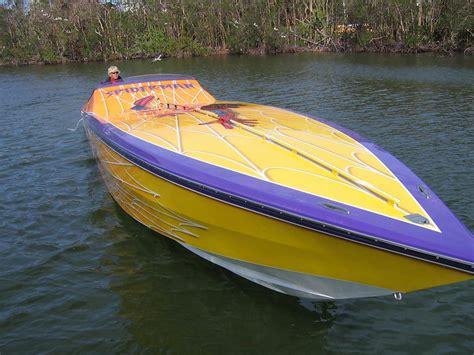 cigarette boat motors great deal on 2006 46 2001 cigarette we take all