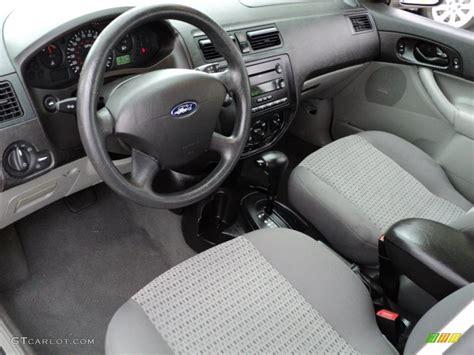 2006 Ford Focus Interior by Flint Light Flint Interior 2006 Ford Focus Zxw Se