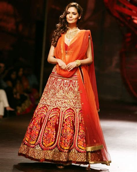 bridal lehenga draping 12 styles to drape dupatta on your wedding looksgud in