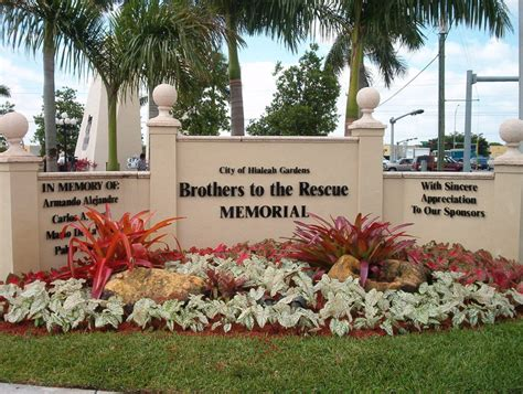 City Of Hialeah Gardens by Hialeah Gardens Fl Hialeah Gardens Monument To Brothers