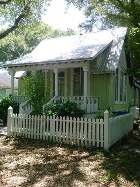 katrina cottages katrina cottage in southport beach shacks pinterest