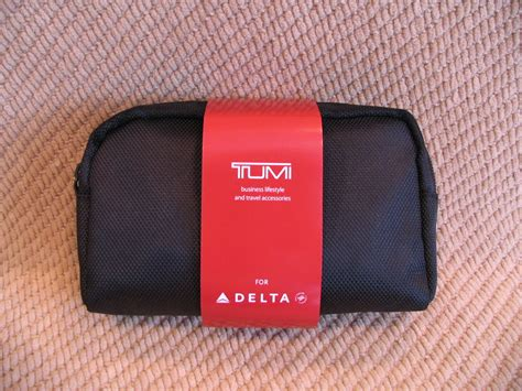 Tumi Travel Kits From Delta amenity kit review delta air lines businesselite tumi