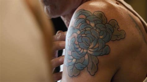 anthony bourdain tattoo the top 10 best blogs on anthony bourdain