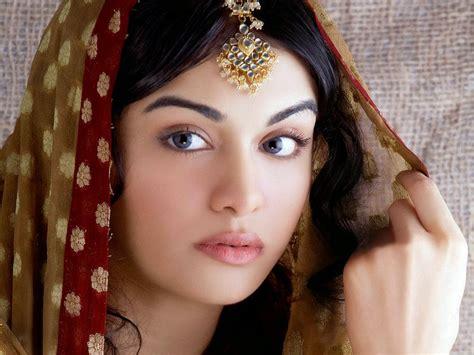 wallpaper girl muslim beautiful muslim girls free large images
