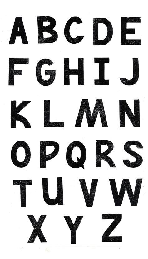 uppercase lettering