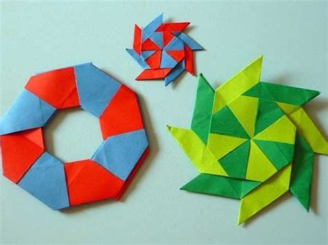 Circle Origami Paper - origami turns from a circle to a