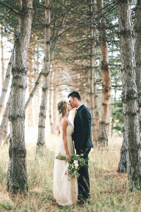 Outdoor Wedding Pictures by Tumblr Nh3vvzpr8j1rwilrno1 500 Jpg
