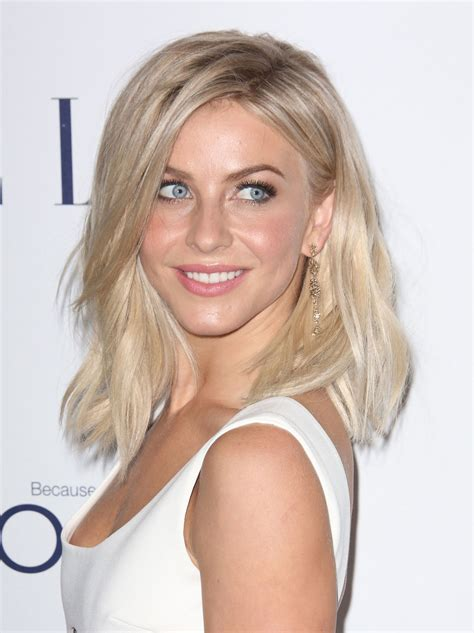 Model Rambut Berwarna rambut berwarna cerah dengan model segi pendek model
