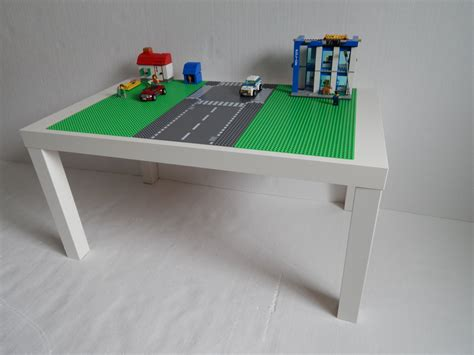 large lego 174 table 30x20 green with road way lego 174