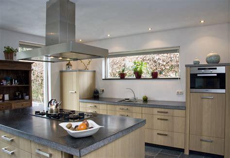 grens keukens eindhoven eigentijds hout thijs keukens