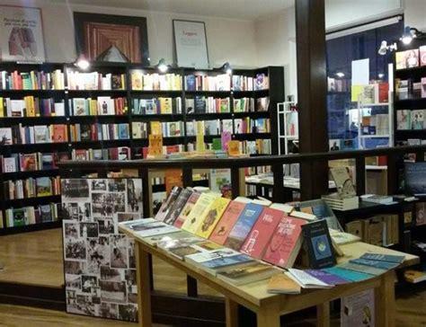 san paolo libreria chiude a torino la libreria borgo san paolo il quartiere
