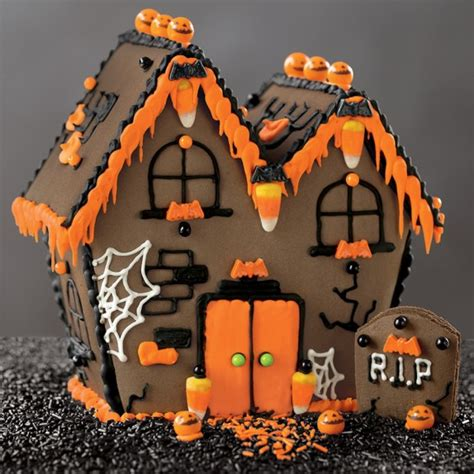 Homes Decorated For Halloween 5 Fun Halloween Gingerbread Houses