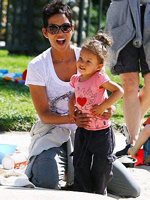 Baby Bery Kidz spotted halle berry and nahla play at the park