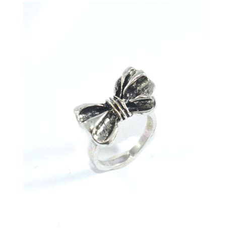vintage bow ring rings tings fashion store