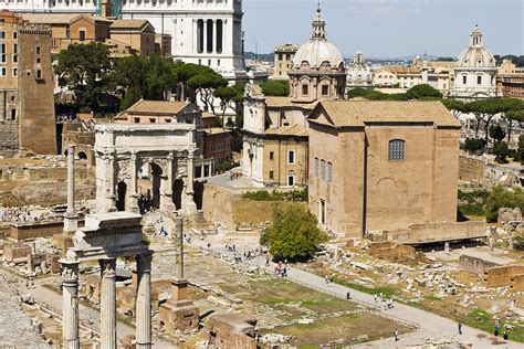 roman senate house and sew it goes ancient places