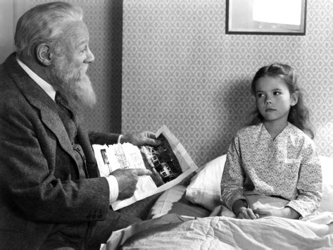 miracle on 34 street argumentative august 37 miracle on 34th street 1947