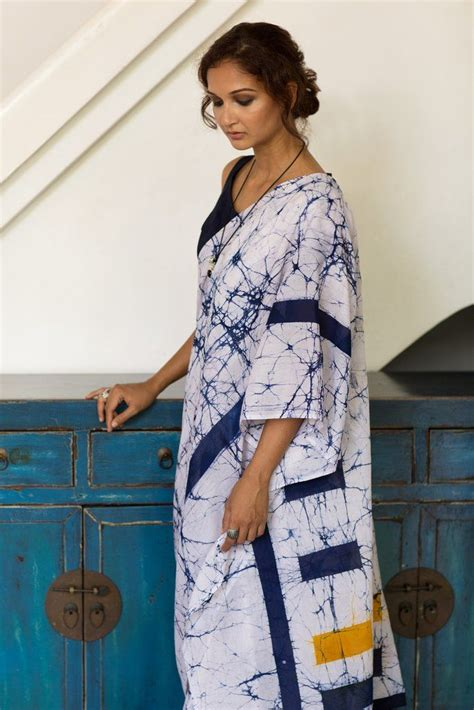 Blouse Batik Elegan Bbr 013 145 best batik images on beautiful saree sarees and blouse designs