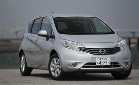 nissan versa note 2013 2013 nissan versa hatchback review car reviews