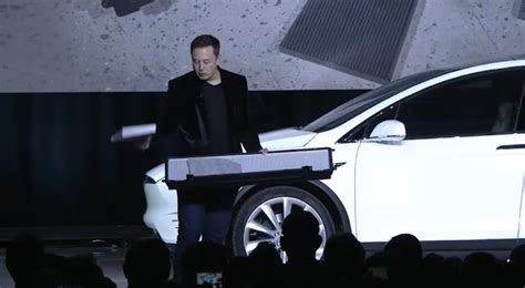 Who Owns Tesla Motors Elon Musk Now Owns More Than 1 5th Of Tesla Has Taken 2