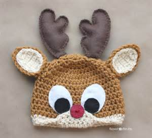 Squirrel Christmas Ornament - crochet rudolph the reindeer hat pattern repeat crafter me