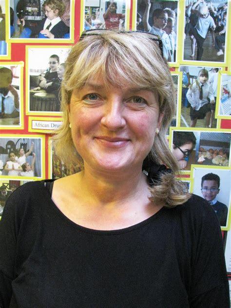 Mrs Dawnson meet the staff castlecroft primary school