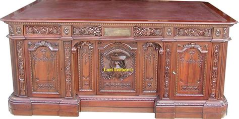 presidential desks the resolute desk the most famous desk in the world ebay