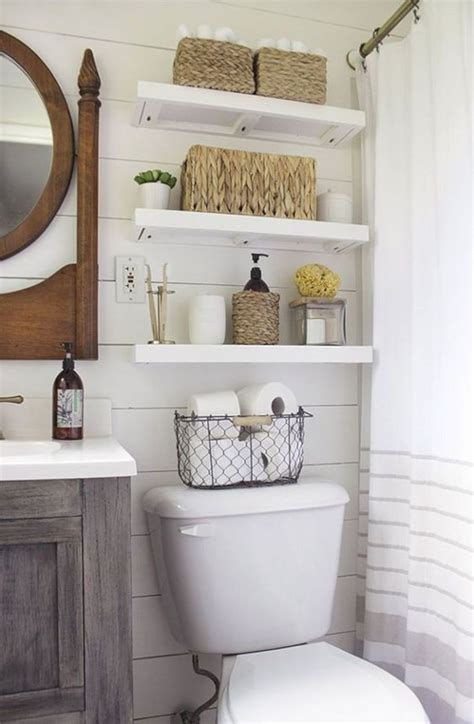 Ideas For Decorating A Bathroom by 17 Awesome Small Bathroom Decorating Ideas Futurist
