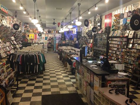Records Chicago Il Where Should Shop This Black Friday Weekend