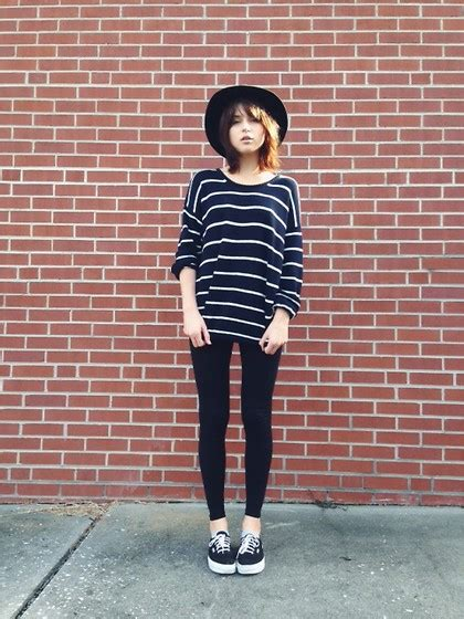 Rima Stripe Blue rima vaidila melville usa striped sweater forever 21 black forever 21 hat