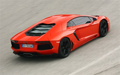Lamborghini Rear 2012 Lamborghini Aventador Lp 700 4 Rear End Photo 27