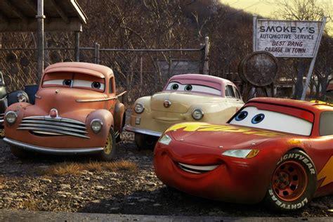 jalan cerita film cars 3 warisan manis dari lightning mcqueen di film cars 3