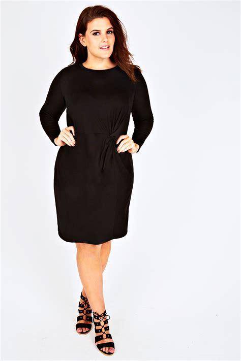 Dress Black Twis black jersey shift dress with side twist detail plus size