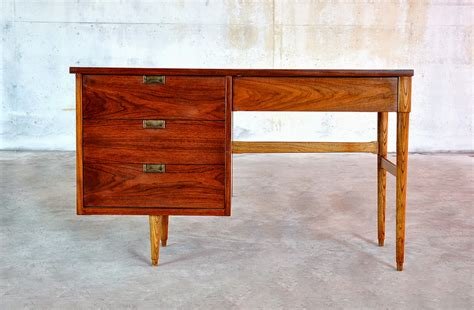 Modern Vanity Desk Select Modern Mid Century Modern Desk Or Vanity Table