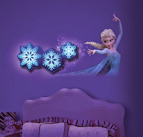 frozen home decor how adorable is this frozen room decor from unclemilton