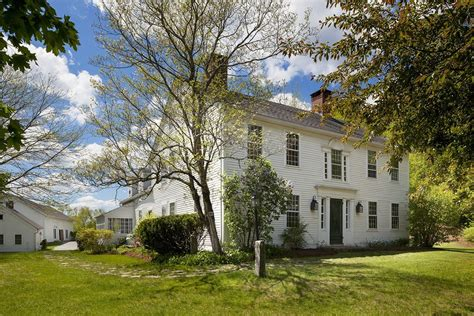 connecticut house renee zellweger selling connecticut country home zillow