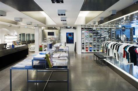 colette    stores   world complex